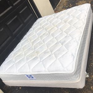 Queen Mattress/Boxspring/Frame NOT NEW-READ DETAILS for Sale in St. Louis, MO