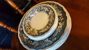 Vintage English Kensington Somerset qty 4 Bread and Butter Plates & 4 dinner plates=8 pieces for Sale in Manteca, CA