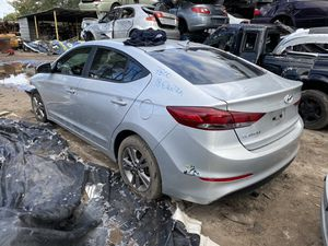 Only For parts 2018 Hyundai Elantra at 2.0 for Sale in Orlando, FL