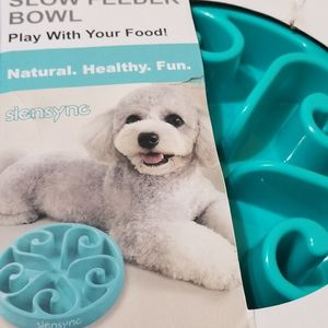 Flymoqi Slow Feeder Bowl for Small Animals for Sale in Nellis Air Force Base, NV