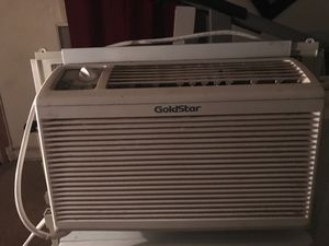 5000 BTU air conditioner in good condition blows very cold air for Sale in Washington, DC