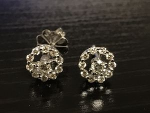 Diamond and gold earrings for Sale in New York, NY