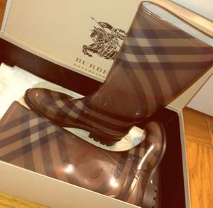 Burberry Coverdale Check Rainboot for Sale in New Providence, NJ