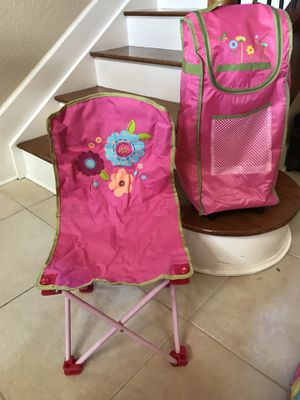 Camping chair sleeping bag with carry bag. Very cute for girl. for Sale in Hialeah, FL
