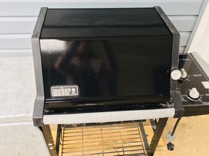 BBQ- Weber 3 burners Propane Grill Black and Silver-SUPER CLEAN!!! for Sale in Glyndon, MD