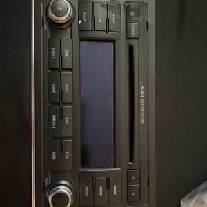 Audi Symphony Car Stereo 06-08 For Audi A4 for Sale in Sacramento, CA