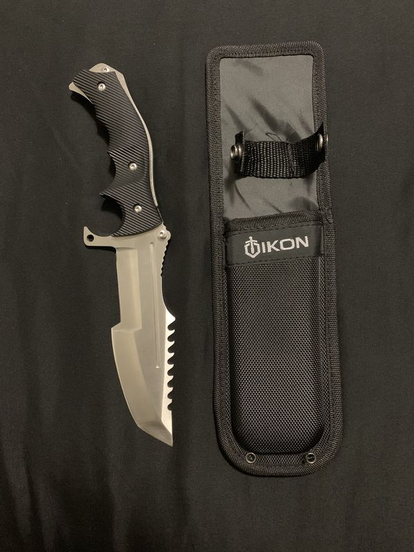 Tactical Blade w Sheath