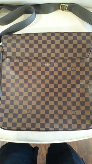 Louis Vuitton Damier Ebene Bastille Messenger Bag for Sale in Concord, CA