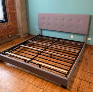 Gray beautiful King practically brand new bed frame for Sale in Chicago, IL