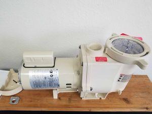 Pentair Whisperflo 1.5 HP Pool Pump for Sale in Huntington Beach, CA