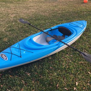 Kayak With Paddle Pelican RamX100 for Sale in Pflugerville, TX