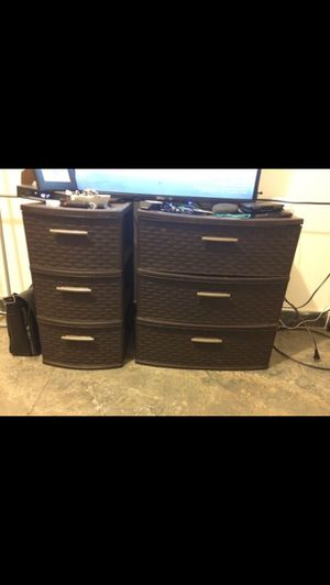 Set of plastic drawers for Sale in Queens, NY