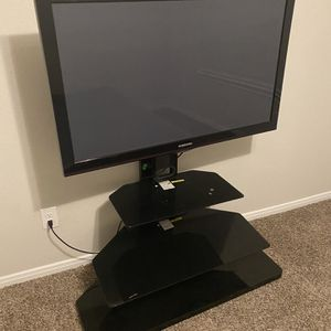 40 Inch Tv + Mount Stand for Sale in Spring, TX