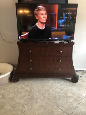 Credenza/tv stand for Sale in Phoenix, AZ