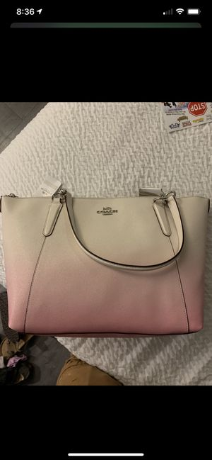 Coach purse and wallet for Sale in Smyrna, TN