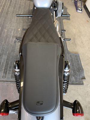 Saddleman seat Harley sportser for Sale in Fresno, CA