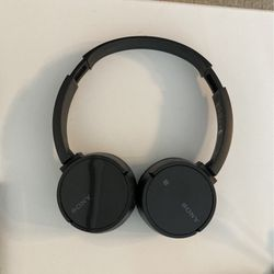 Sony Bluetooth Headphones for Sale in Arlington,  VA