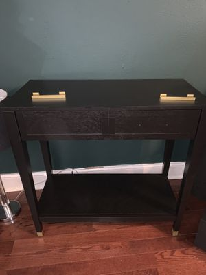 Threshold Duxbury Console Table for Sale in Atlanta, GA