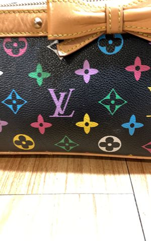 Real Louis Vuitton makeup bag for Sale in Arvada, CO