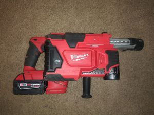 Rotary hammer drill milwuakee m18 fuel brusslees con vaccun for Sale in Falls Church, VA