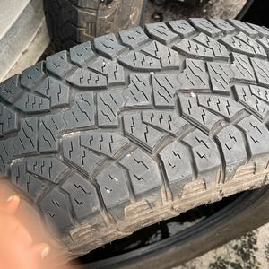 Hankook P265/70r18 for Sale in Hollywood, FL