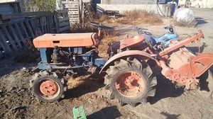 Kubota b6000 tractor diesel for sale for Sale in Manteca, CA