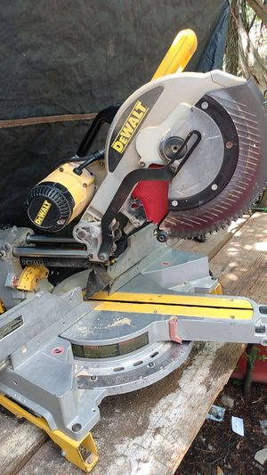 "$200 DeWalt 12"" double bevel, sliding, compound m for Sale in Austin, TX"