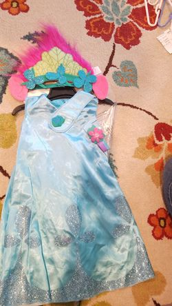 Girls Halloween costumes: Poppy from Trolls for Sale in Vancouver,  WA