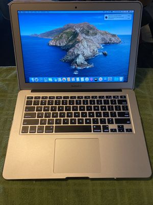 Macbook AIR 13 inch Early 2015. Better than new one for Sale in Davie, FL