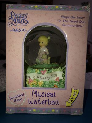 Precious moments musical waterball from 1996 in great condition still in box original box for Sale in Hudson, FL