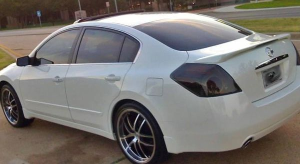 Running Nissan Altima SL 2008 Perfectly