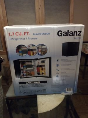 Galanz Refrigerator/Freezer for Sale in Harmony, PA