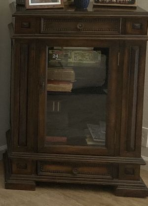 Cabinet with glass shelves and door for Sale in HUNTINGTN BCH, CA