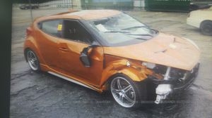 2013 Hyundai Veloster, FOR PARTS ONLY for Sale in Miami, FL