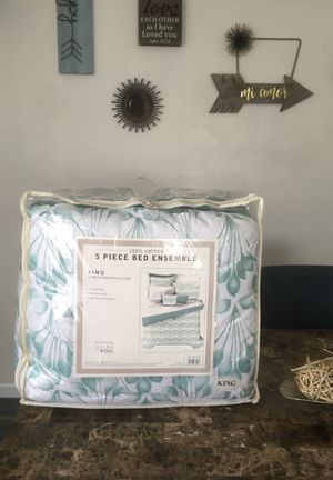 Comforter set for Sale in Menifee, CA