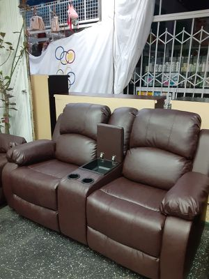 Loveseat for Sale in Los Angeles, CA