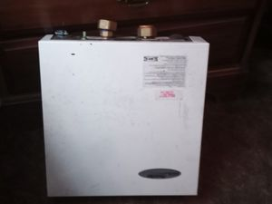 Power star endless and instant hot water heater for Sale in Troy, MO