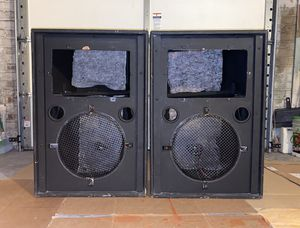 """(2) 15"""" Empty Speaker Boxes Dj Equipments for Sale in Queens, NY"""