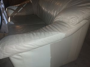 Couch for Sale in Rowland Heights, CA