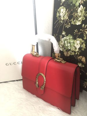 Gucci bag with accessories for Sale in Tampa, FL