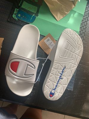 Womens champion slides Size 9 for Sale in Winter Haven, FL