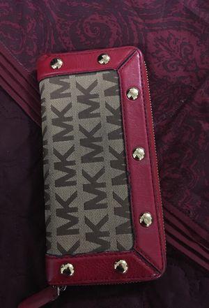 Michael Kors wallet for Sale in West Palm Beach, FL