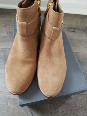 Michael kors ankle boots for Sale in Aurora, IL