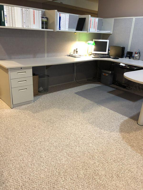 Home Office / Office Furniture- Maxon International Inc Panel/Desk/Cube Office Furniture