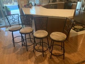 Counter Height Swivel Bar Stools for Sale in Fresno, CA