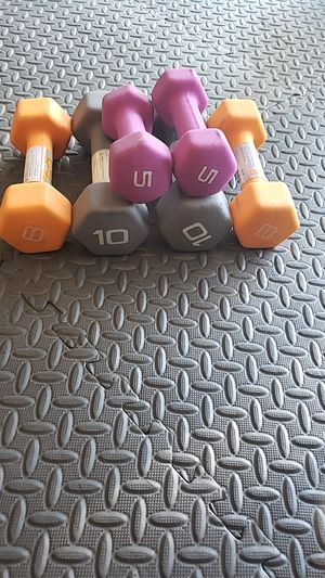 Set of dumbbells 10lb,8lb and 5lbs for Sale in Sacramento, CA