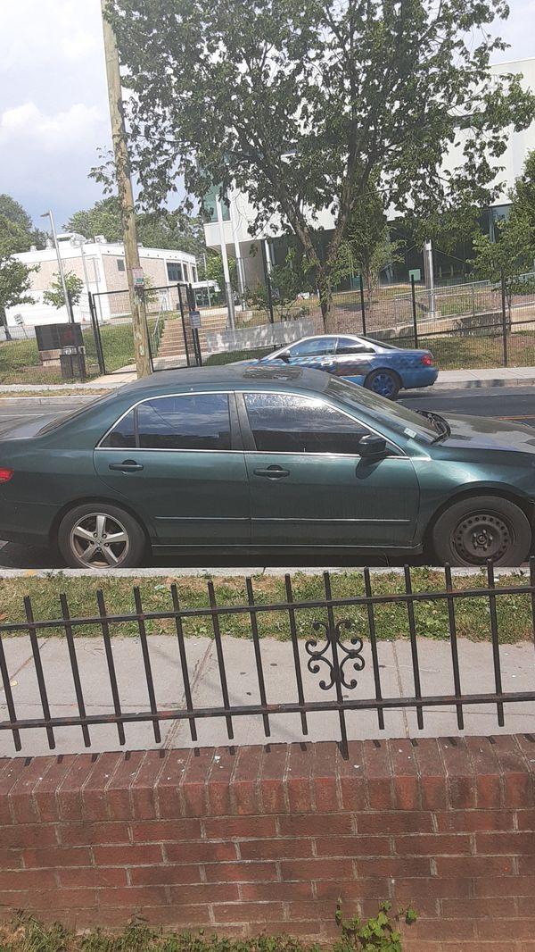 2003 Honda accord ex runs great just need bumper an a jump got a new car dont want no more