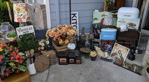 Farmhouse Rustic Shabby Country Decor for Sale in Gresham, OR