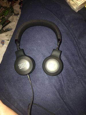 Jbl wireless headphones for Sale in LAKE TAPWINGO, MO