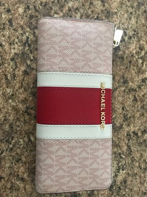Michael Kors Wallet for Sale in Haines City, FL